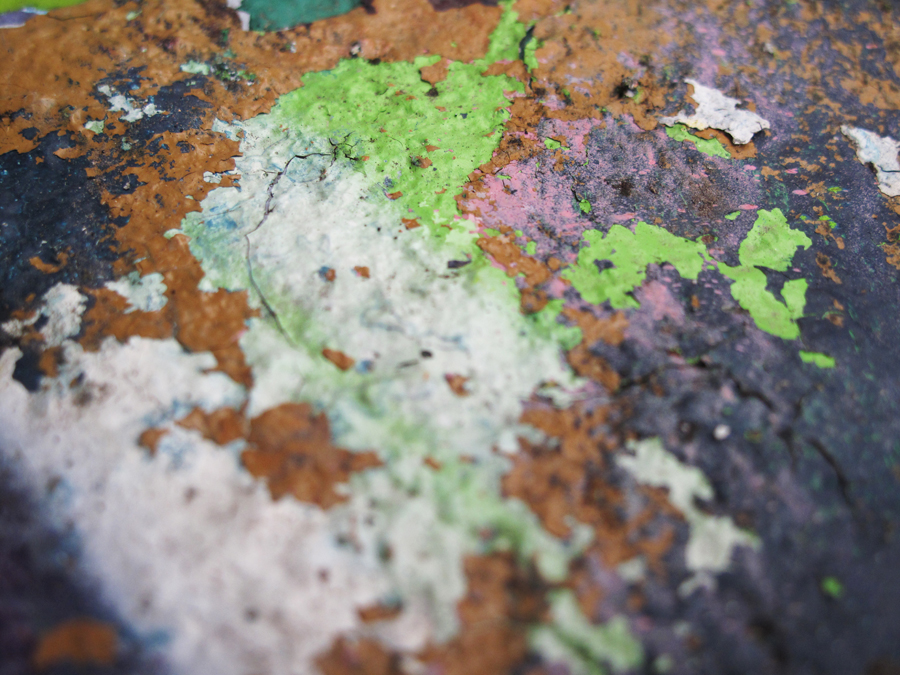 detail_geological_graffiti_1
